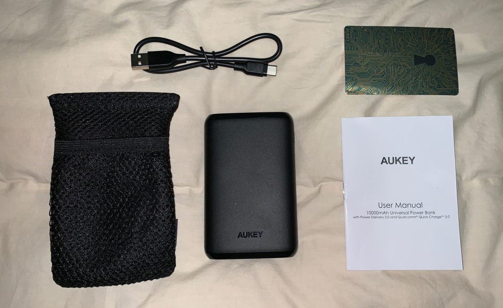 AUKEY 10000mAh Universal Power Bank Unboxing