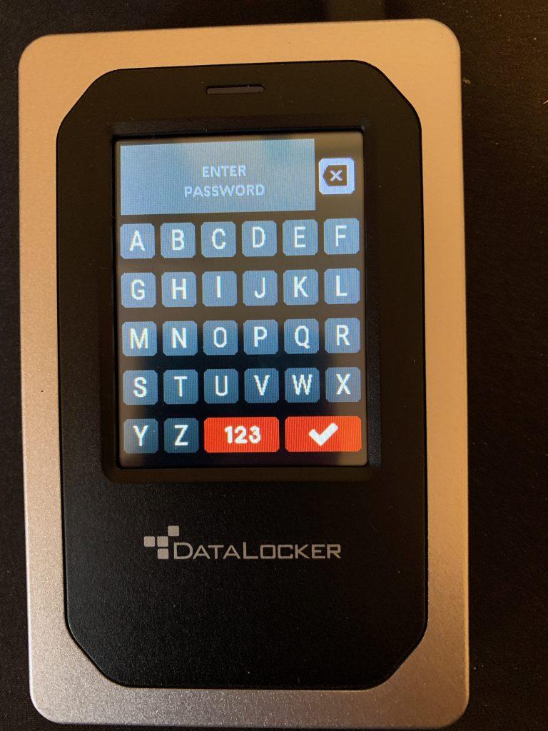 DataLocker DL4-FE - Password Keyboard 1