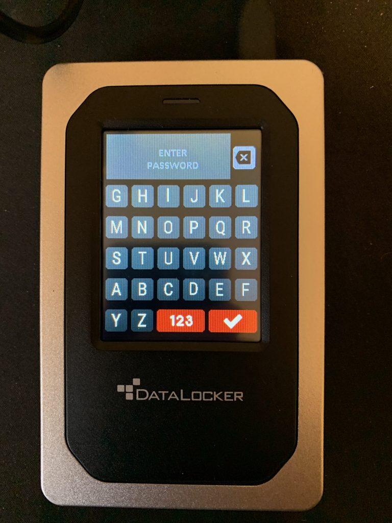 DataLocker DL4-FE - Password Keyboard 2